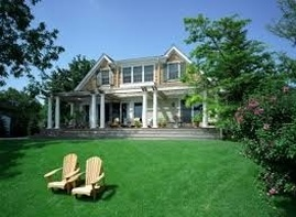 Weekly and Monthly Lawn Cutting Service Marblehead, MA